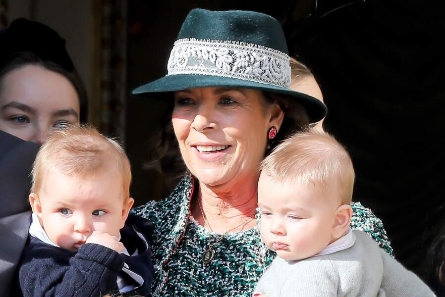 La princesse Caroline de Hanovre et ses petits-enfants Maximilian (fils de Andrea) et Francesco (fils de Pierre) lors de la fête nationale, le 19 novembre 2018 à Monaco.