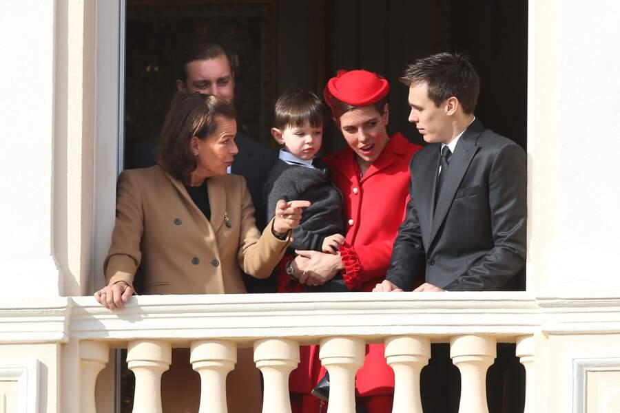 La princesse Stéphanie de Monaco, Pierre Casiraghi, Charlotte Casiraghi portant son fils Raphaël et Louis Ducruet, réunis à l'occasion de la fête nationale monégasque, le 19 novembre 2016.