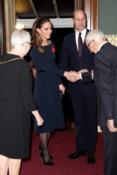 Kate Middleton fait une entorse au protocole vestimentaire de la famille royale