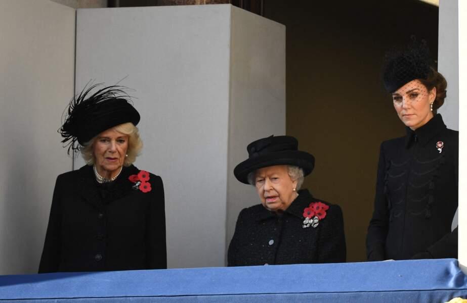 La reine Elizabeth II entourée de Kate Middleton et de Camilla Parker Bowles