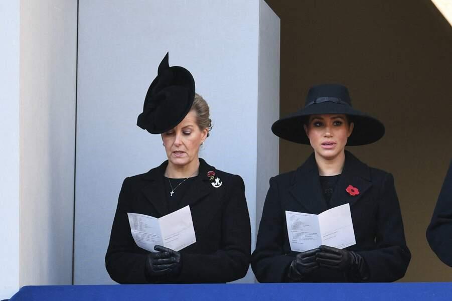 Meghan Markle tout de noir vêtue pour le Jour du souvenir