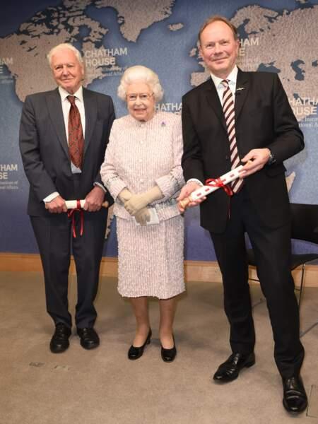 La monarque est arrivée à cet événement seulement 24 minutes après le retrait du prince Andrew de la vie publique