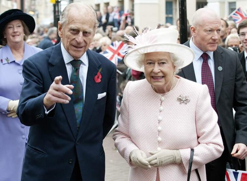 11 novembre 2011: Elizabeth II accompagnée du prince Philip s'était rendue dans la vieille ville de Margate pour déguster des Cup-cakes.