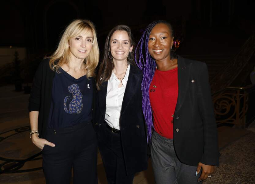 Julie Gayet avec Nadège Beausson-Diagne et Anne-Cécile Mailfert, présidente de la fondation.