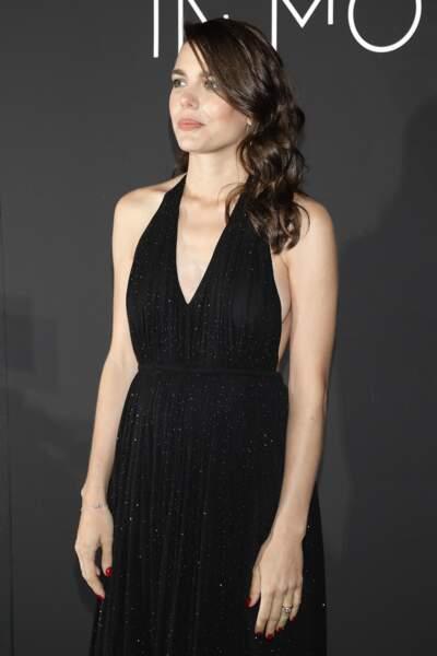 Charlotte Casiraghi était présente lors du 71ème Festival International du Film de Cannes, le 13 mai 2018. Elle porte à son doigt sa bague de fiançailles.