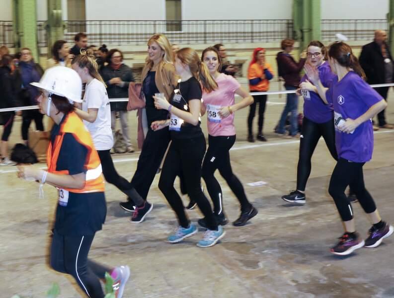 Comme les autres participantes du relais, Julie Gayet a couru pour lutter contre les violences faites aux femmes.