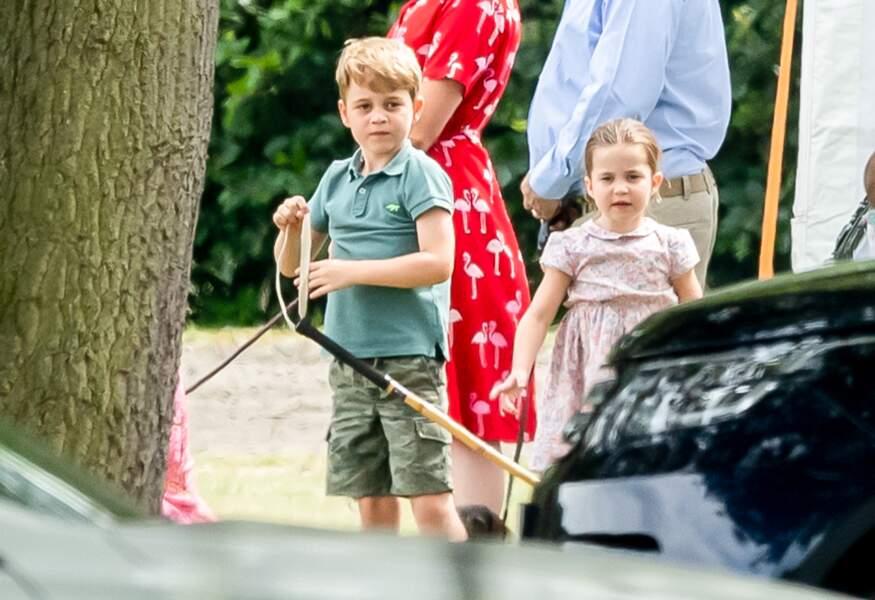 Le prince George et la princesse Charlotte assistent régulièrement à des matchs de polo durant lesquels leur père William s'illustre.