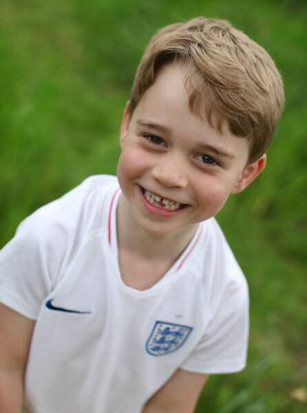 Un des 3 portraits du prince George pris par Kate et diffusés à l'occasion de son 6e anniversaire, le 22 juillet 2019.