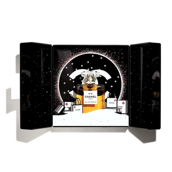 Coffret de Noël, eau de parfum N°5 de Chanel, 150€ chez Sephora