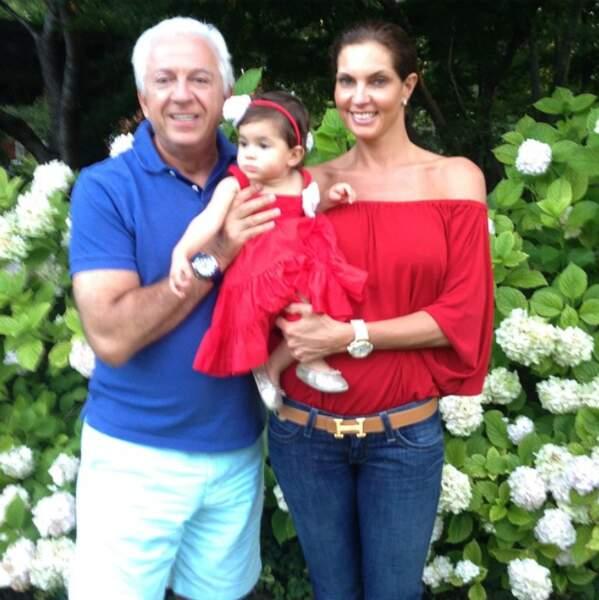 Mareva George, Miss France 1991 a épousé Paul Marciano, le propriétaire de Guess. Cela fait longtemps qu'ils sont ensemble et le couple a deux enfants.