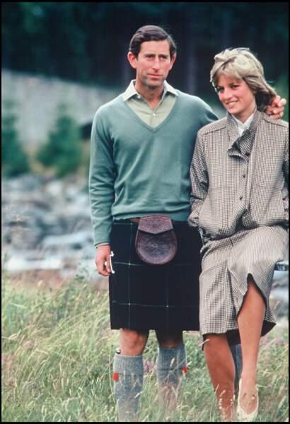 Le blouson en tweet signé Bill Pashley, porté par la princesse Diana lors de sa lune de miel avec le prince Charles, à Balmoral en 1981.