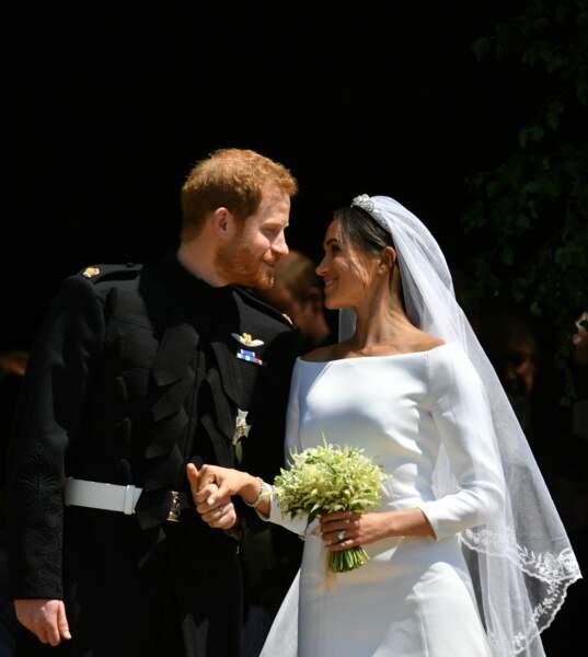 Le prince Harry et Meghan Markle lors de leur mariage à la chapelle Saint George du château de Windsor le 19 mai 2018. Depuis son arrivée dans la famille royale, une pluie de commentaires négatifs se déverse sur la belle brune.