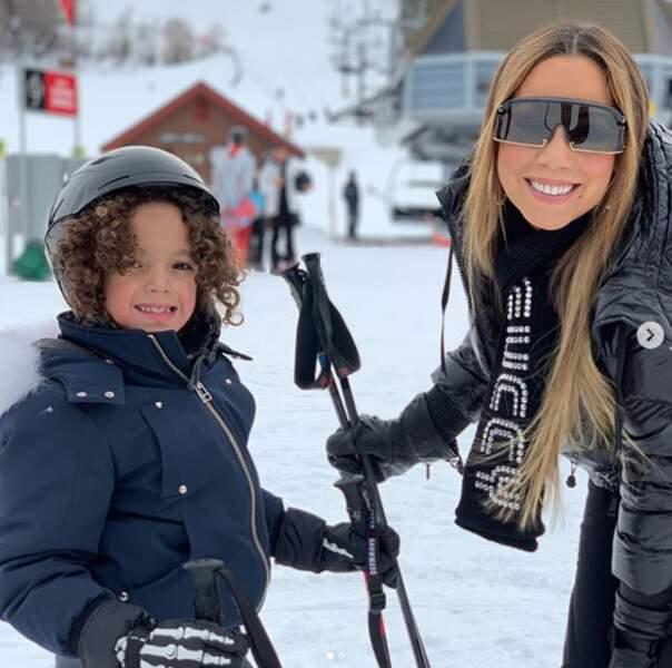 Mariah Carey était avec son fils, Moroccan Scott, le 22 décembre 2018. Pour les fêtes, ils ont choisi le ski pour profiter pleinement de la neige.