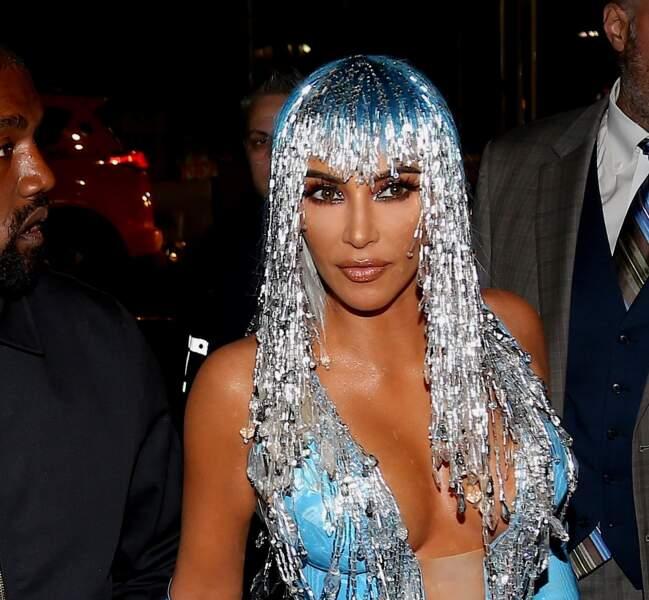 Kim Kardashian et son look cosmique