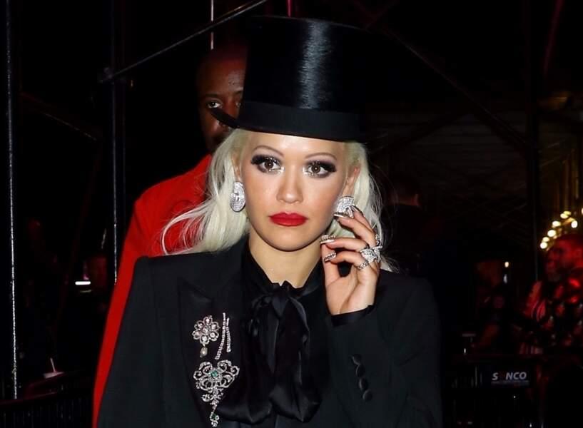 Rita Ora: regard de diamant