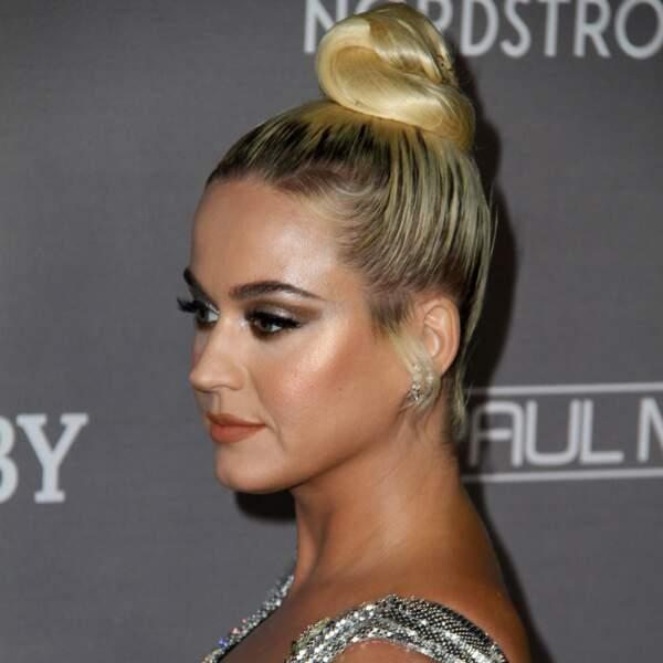 Miley Cyrus, reine du glow