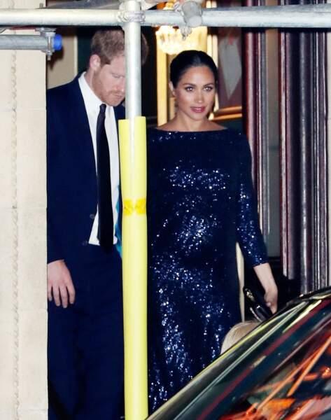 Pour fêter les 10 ans du spectacle du Cirque du soleil,  Meghan Markle a choisi une robe à sequins signée Roland Mouret. Elle et le prince Harry étaient au Royal Albert Hall le 16 janvier 2019.