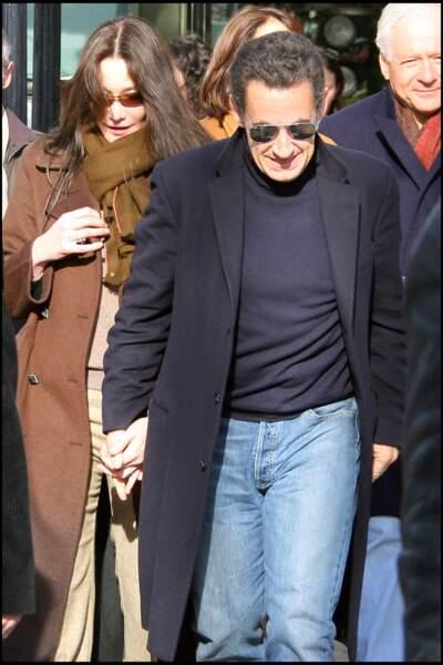 Février 2008, Nicolas Sarkozy et Carla Bruni viennent de se marier à l'Elysée. Une première pour un président en exercice.
