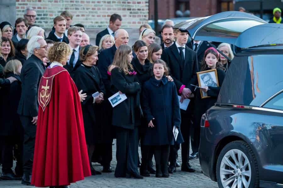 La famille royale de Norvège a fait ses adieux à Ari Behn lors de ses obsèques à la cathédrale d'Oslo ce 3 janvier