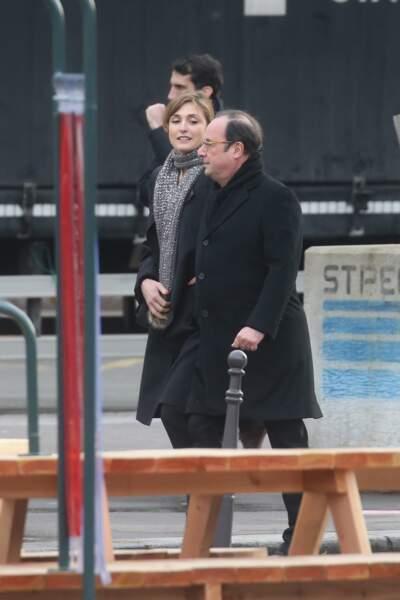 9 janvier 2017 : Julie Gayet et François hollande se montrent en public pour la première fois.