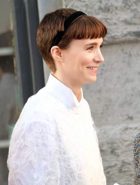 Rooney Mara est une adepte des coupes courtes avec une baby frange.