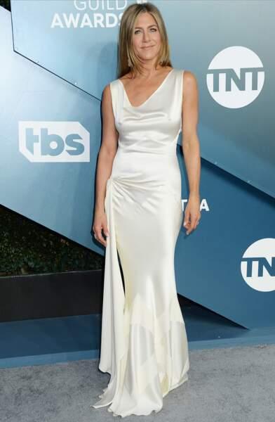 Jennifer Aniston sublime en robe Dior Vintage by John Galliano.