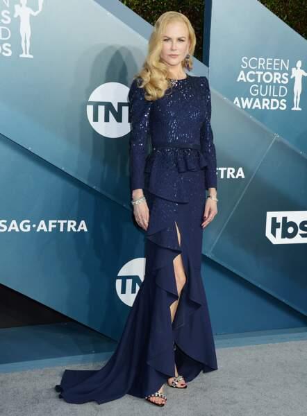 Nicole Kidman en robe fendue Mickael Kors.