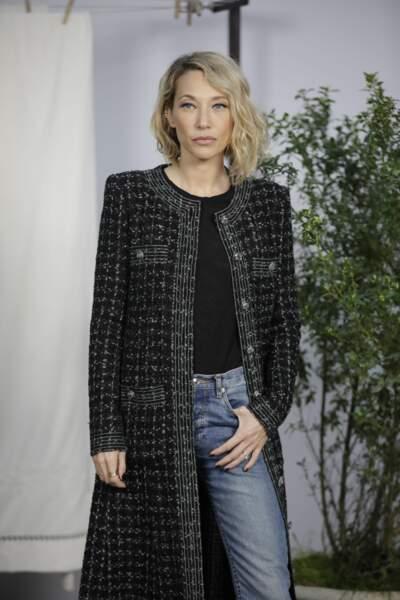 """Laura Smet prend la pose lors du photocall du défilé Haute-Couture printemps-été 2020 """"Chanel"""" à Paris, le 21 janvier 2020"""