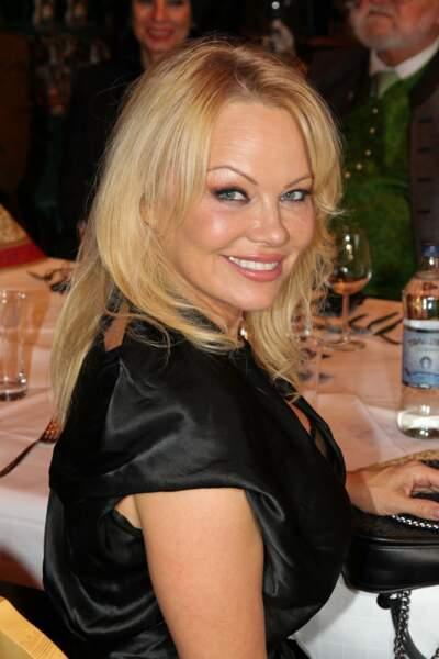 Pamela Anderson s'est mariée pour la 5è fois