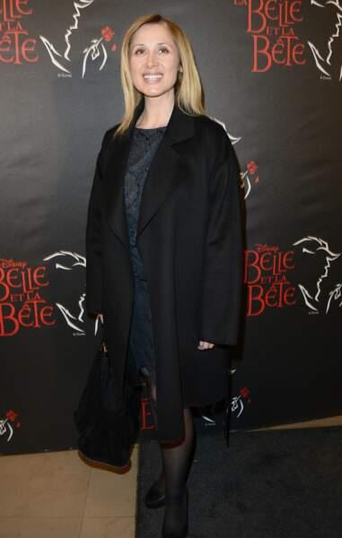 """Mars 2014 : Lara Fabian est présente pour la première de la comédie musicale """" La belle et la bête """" au théâtre Mogador."""