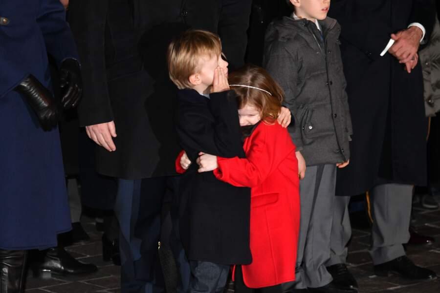 Lors de cet événement monégasque, le prince Jacques et la princesse Gabriella ont multiplié les gestes d'affection
