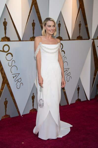 Margot Robbie en robe Chanel lors des Oscars de 2018