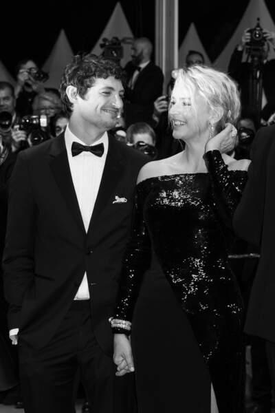 Virginie Efira et son compagnon Niels Schneider, lors du 72ème Festival International du Film de Cannes le 24 mai 2019