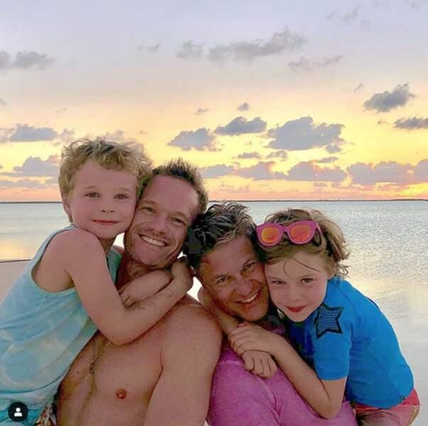 Neil Patrick Harris et son mari David Burtka et leur enfants au Sailrock Resort en 2019