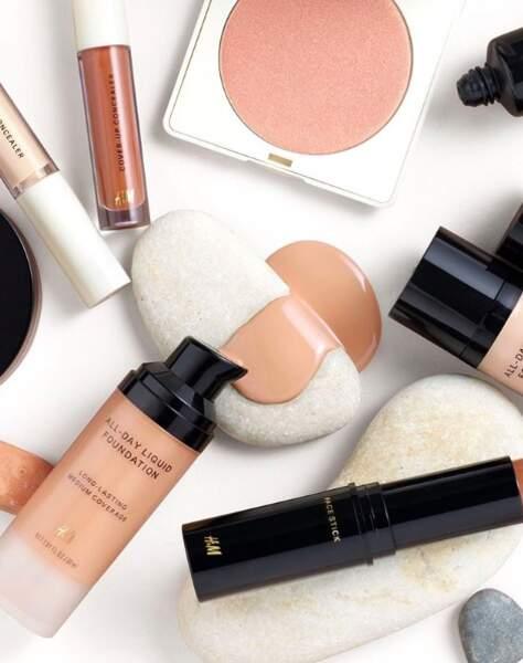 Envie de tester le pouvoir du maquillage vegan à prix doux ? Direction chez H&M pour découvrir le make up éponyme. Évidemment vegan.