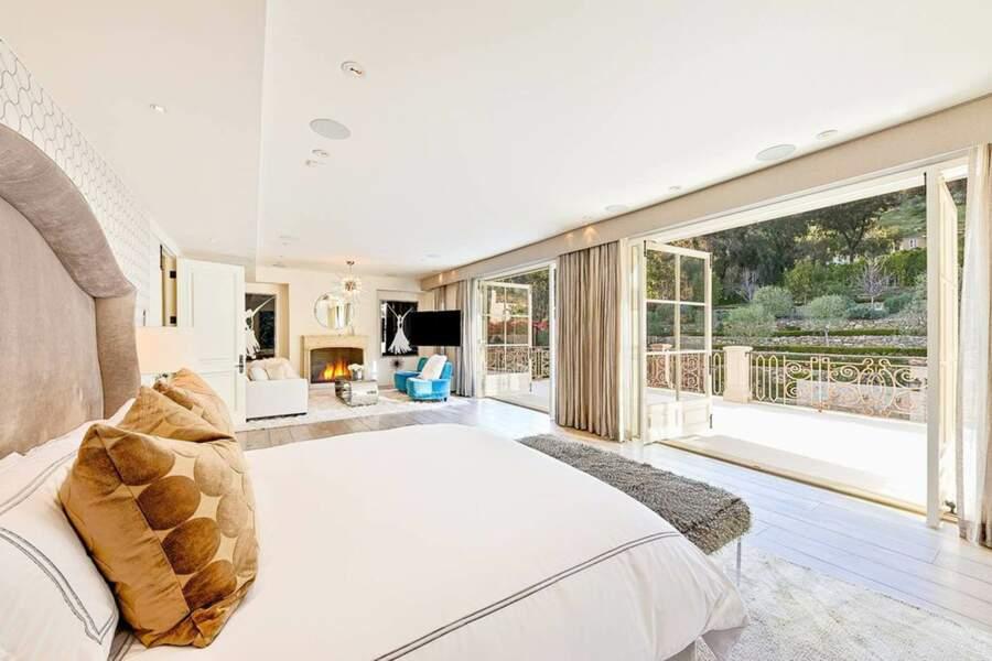 L'une des dix chambres du Petra Manor s'ouvre sur un balcon qui donne sur le jardin