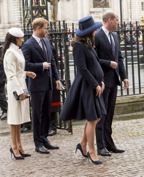 "Le Fab Four composé du prince Harry, de Meghan Markle de Kate Middleton et du prince William. Ils se déplacent côte à côte pour le ""Commonwealth Day service"" à l'Abbaye de Westminster le 12 mars 2018."