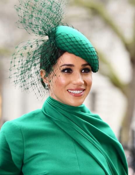 Pour son dernier engagement à Londres, Meghan Markle choisit un  total look vert.