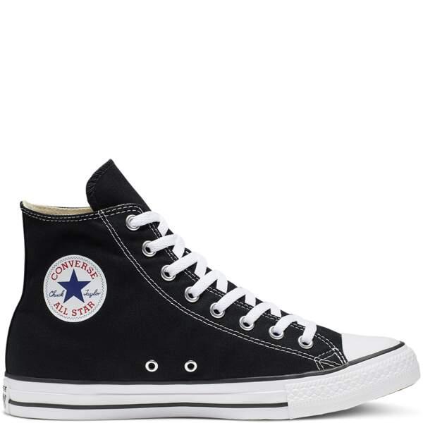 Chuck Taylor noires, Converse, 70 €