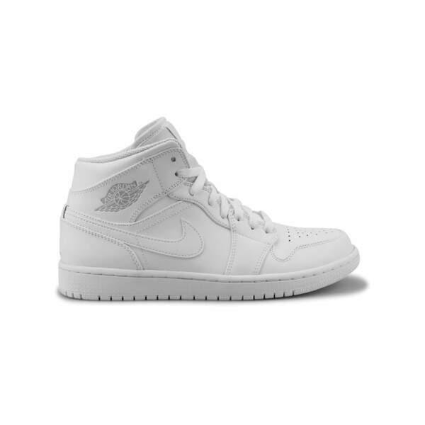 Air Jordan One High blanches, Jordan par Nike, 110 €