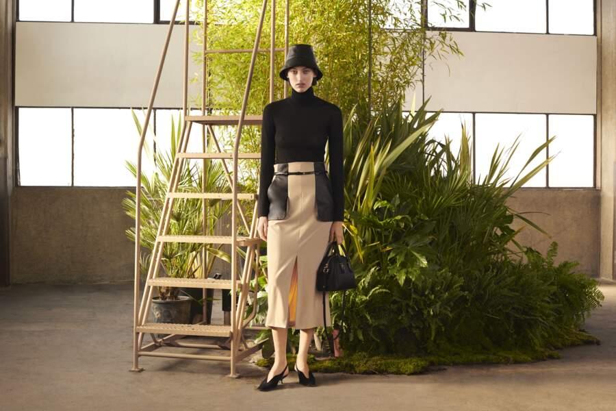 """Tod's lance pour sa """" T Factory """" une collaboration avec la créatrice japonaise Mame Kurogouchi"""