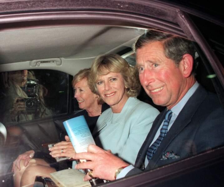 Charles et Camilla Parker Bowles, lors d'un concert à Londres en 1999