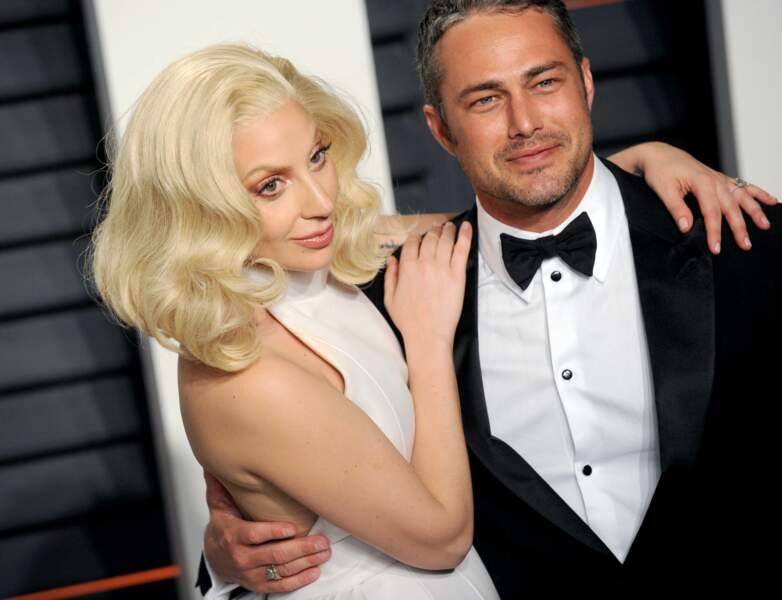 """Taylor Kinney reste le """"meilleur ami"""" de Lady Gaga après la rupture de fiançailles en 2016"""