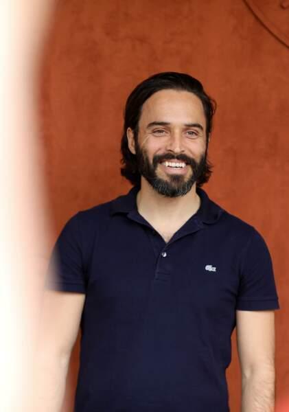 """Assaâd Bouab interprète Hicham dans """"Dix Pour Cent"""""""