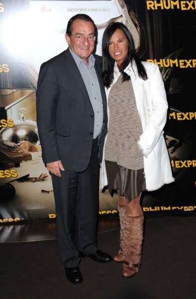"""Jean-Pierre Pernaut et Nathalie Marquay s'affichent ensemble à l'avant-première du film """"Rhum Express"""" à Paris, un an plus tard"""