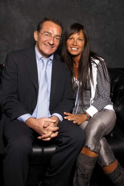 Jean-Pierre Pernaut et Nathalie Marquay posent ensemble au Salon du Livre en 2008