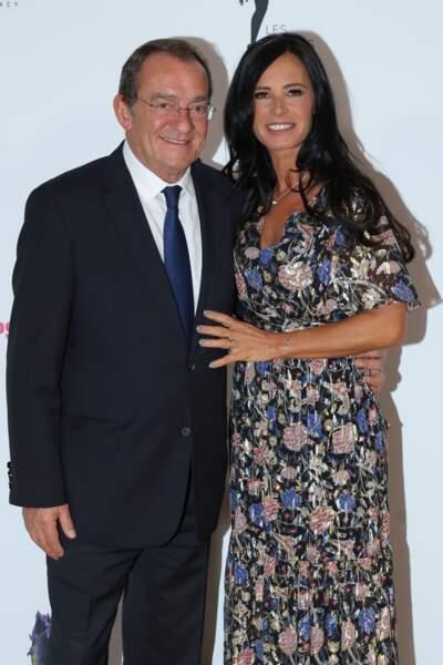Jean-Pierre Pernaut continue de s'afficher au côté de son épouse, comme lors de ce gala de charité organisé à Paris en 2017