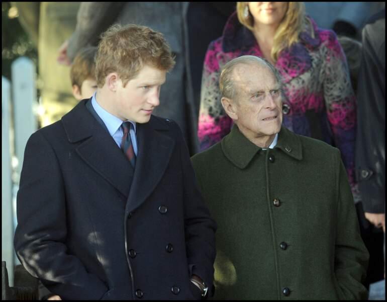 Le prince Philip et Harry, à Sandringham en 2009.