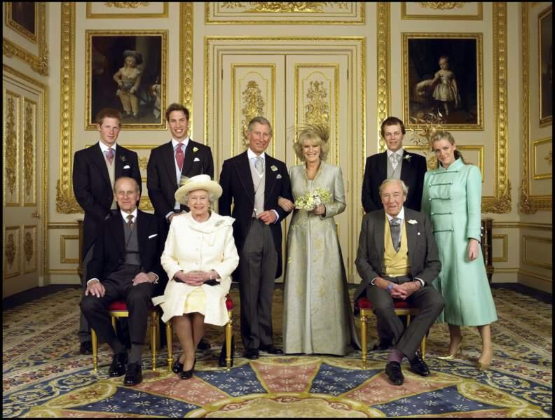 La reine Elisabeth II lors du mariage du prince Charles et de Camilla, en 2005