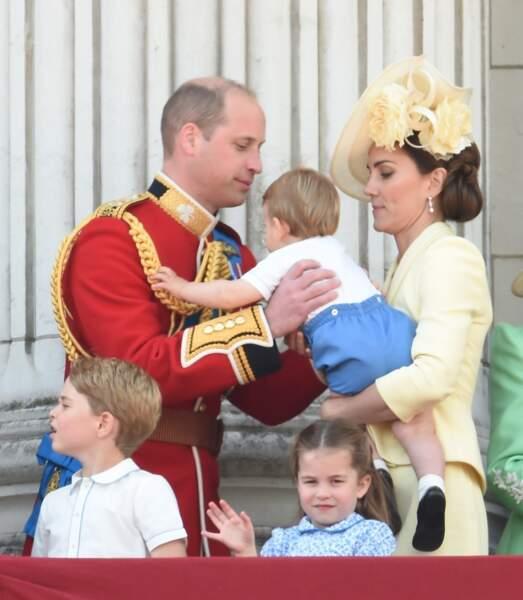Le Prince William et Kate Middleton avec leur fils Louis, lors du très célèbre Trooping the Colour 2019.